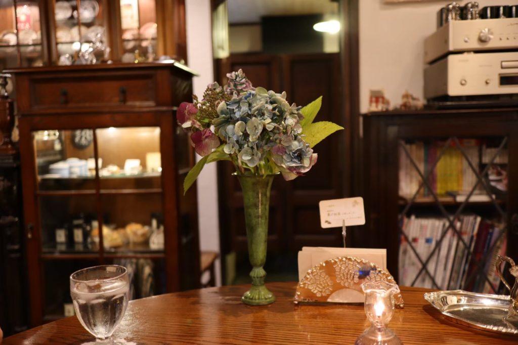 英国茶房 森栖 のお花